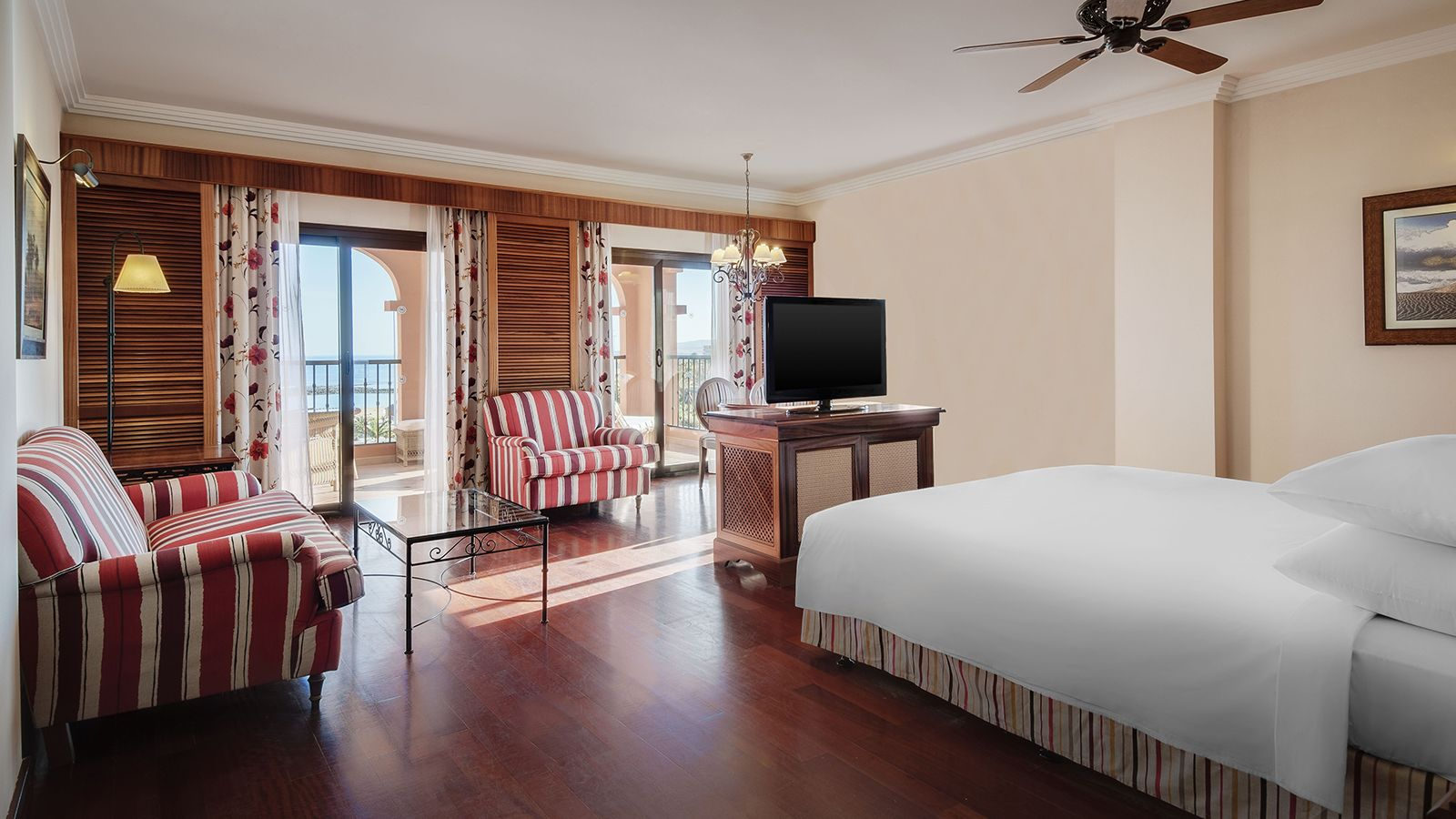 Junior Suite with Sea Views
